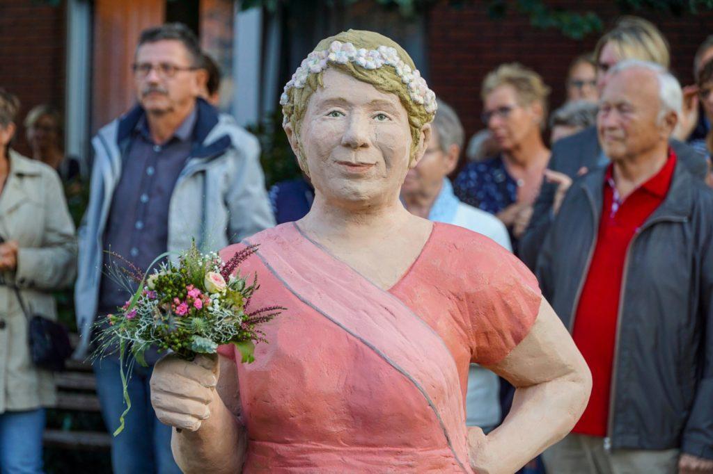 Alltagsmenschen Blumenmädchen Rosalie